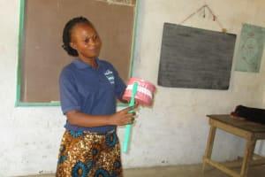 The Water Project: Lokomasama, Bompa, DEC Bompa Primary School -  Toothbrushing Demonstration