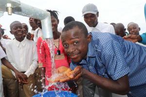The Water Project: Lungi, Komkanda Memorial Secondary School -  Teacher Celebrates The Well