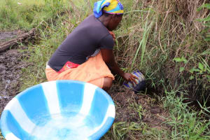 The Water Project: Kamasondo, Borope Village School -  Fetching Water