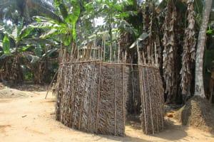 The Water Project: Lokomasama, Gbonkogbonko Village -  Bath Shelter