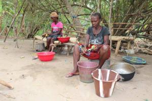 The Water Project: Kamasondo, Masinneh Village -  Women Preparing Food