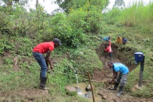 The Water Project: Rosterman Community, Lishenga Spring -  Taking Measurements
