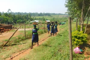 The Water Project: Khwihondwe SA Primary School -  Students Help Deliver Materials