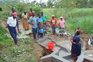 The Water Project: Mukangu Community, Metah Spring -  Site Management At The Spring