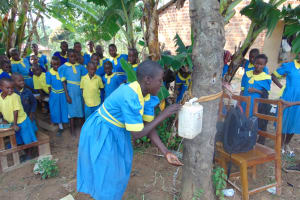 The Water Project:  Demonstration Using A Leaky Tin