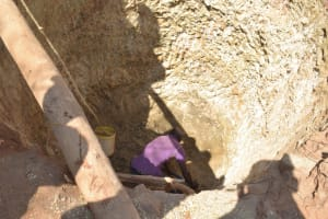 The Water Project: Wamwathi Community A -  Digging Well Hole