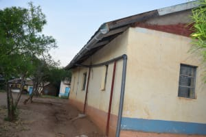 The Water Project: Kithoni Primary School -  Guttering Complete