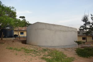 The Water Project: Kithoni Primary School -  Tank Walls Cure