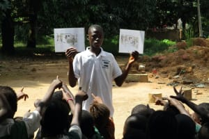 The Water Project: Lungi, Mamankie, DEC Mamankie Primary School -  Students Leading The Training