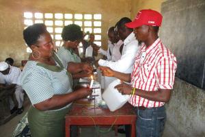 The Water Project: Lungi, Kasongha, DEC Kasongha Primary School -  Teachers Make Tippy Taps