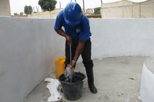 The Water Project: Lungi, Kasongha, DEC Kasongha Primary School -  Testing Cylinder