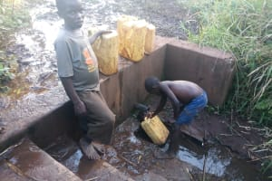 The Water Project: Rubona Kyawendera Community -  Kids At The Spring
