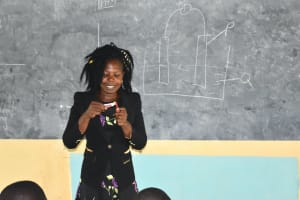 The Water Project: St. Peter's Khaunga Secondary School -  Trainer Lynah During Oral Hygiene Session