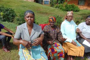 The Water Project: Chepnonochi Community, Shikati Spring -  Another Reaction