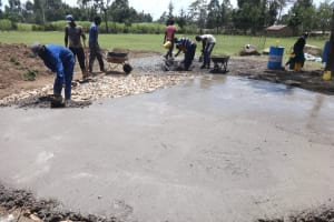 The Water Project: Friends School Mahira Primary -  Community Helps Out In Construction