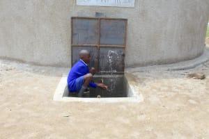 The Water Project: Makale Primary School -  Kenya Splash