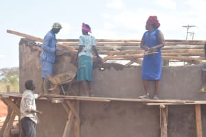The Water Project: Murwana Primary School -  Roof Work