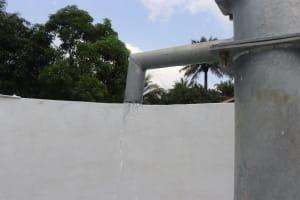 The Water Project: Lokomasama, Gbonkogbonko, Kankalay Primary School -  Clean Water Flowing