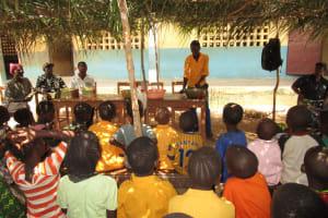 The Water Project: Lokomasama, Gbonkogbonko, Kankalay Primary School -  Student Leading On Handwashing