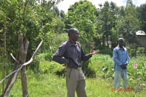 The Water Project: Bukhanga Community, Indangasi Spring -  Pastor Julius Asks A Question At Training