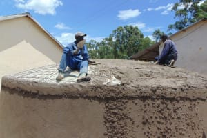 The Water Project: Jinjini Friends Primary School -  Cementing The Dome