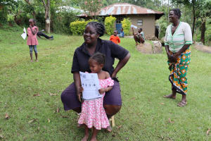 The Water Project: Irungu Community, Irungu Spring -  Use Of Pamphlets At The Training