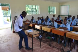 The Water Project: Friends School Vashele Secondary -  Facilitator Wilson Emphasizes A Point
