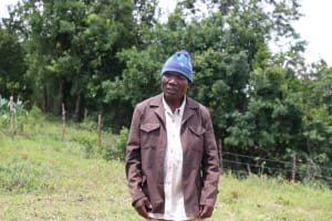 The Water Project: Futsi Fuvili Community, Shikanga Spring -  Sir David Was One Very Concerned Person