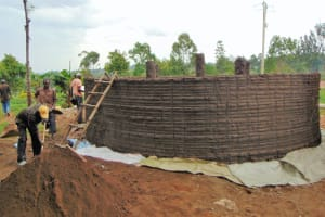 The Water Project:  Outside Tank Plastering