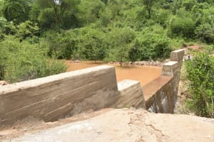 The Water Project: Nzimba Community -  Complete Dam