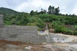 The Water Project: Nduumoni Community A -  Dam Walls Cure