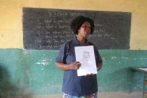 The Water Project: Lungi, Madina, St. Mary's Junior Secondary School -  Hygiene Facilitator Teaching About Good Hygiene Practices