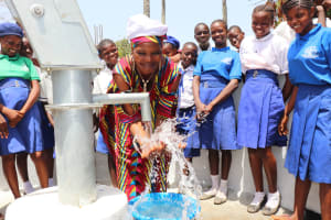 The Water Project: Lungi, Madina, St. Mary's Junior Secondary School -  Chief Happyily Splashing Safe Drinking Water