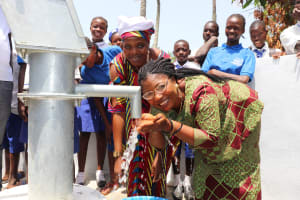 The Water Project: Lungi, Madina, St. Mary's Junior Secondary School -  School Principal Madam Melvina E Sumanna Happy Drinking Clean And Pure Drinking Water