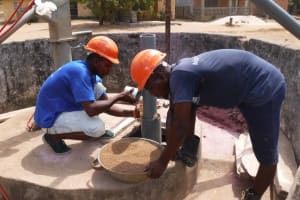 The Water Project: Lungi, Thomossoh, #24 Thullah Street -  Drilling Filter Pack
