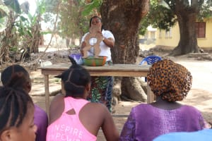 The Water Project: Lungi, Kingsway, 139 Kingsway Quarter -  Hygiene Facilitator Teaching About Diarrhea