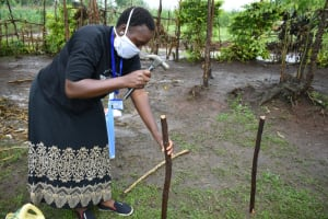 The Water Project: Burachu B Community, Shitende Spring -  Setting Up A Handwashing Point