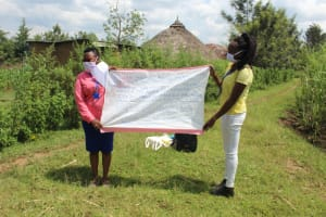 The Water Project: Lukova Community, Wasike Spring -  Use Of Charts To Enhance Trainings