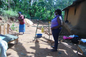 The Water Project: Handidi Community, Matunda Spring -  Building A Simple Handwashing Station