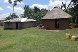 The Water Project: Shihome Community, Peter Majoni Spring -  Compound