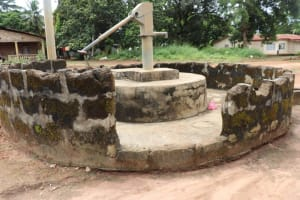 The Water Project: Lungi, Kambia, #6 Bangura St. -  Well In Need Of Rehab
