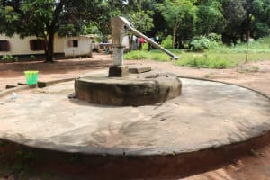 The Water Project: Lungi, Suctarr, #1 Kabbia Lane -  Well In Need Of Rehab