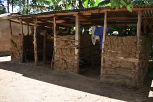 The Water Project: Mukangu Community, Mukasia Spring -  Animal Pen