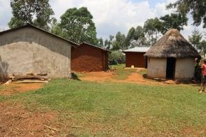The Water Project: Mukhonje B Community, Peter Yakhama Spring -  Homestead