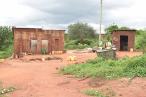 The Water Project: Thona Community -  Compound