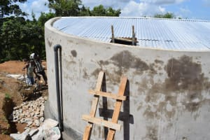 The Water Project: Kimuuni Secondary School -  Roof Construction