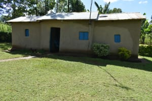 The Water Project: Malekha West Community, Soita Spring -  Home Compound