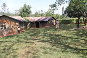 The Water Project: Shisasari Itumbu Community, Mathias Juma Spring -  Dorinas Compound