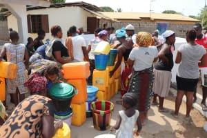 The Water Project: Lungi, New London, #10 Dankama Street -  Community Queueing To Collect Water Just After Dedication