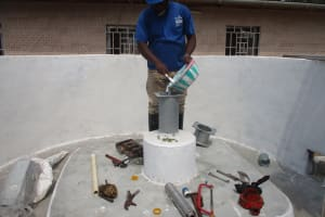The Water Project: Lungi, Tardi, Khodeza Community School -  Chlorination